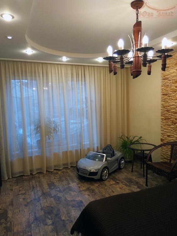 продажа трехкомнатной квартиры номер A-161128 в Приморском районе, фото номер 10